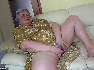 jav  mom  ,  old  ,  pretty   porn movies